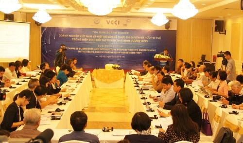 Quang cảnh buổi tọa đàm doanh nghiệp Việt Nam và một số vấn đề thực thi quyền SHTT trong TPP