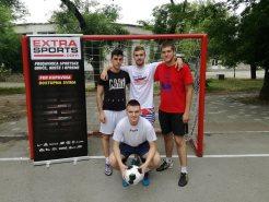 Ekipa 2: Imeri, Jakovljevski, Bojin (stoje), Čančarević (čuči)