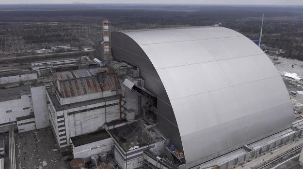 Destroyed Chernobyl Reactor Gets Massive New Cover Vocativ