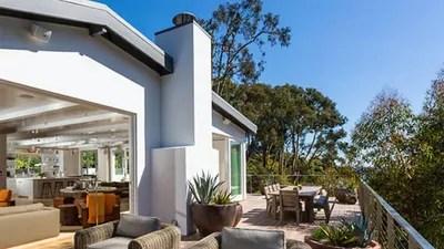 cindy crawford house malibu sold 13