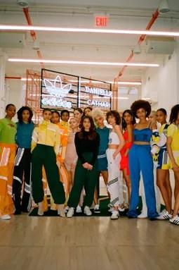 Vogue Mode Trends Fashion News Star Looks Und