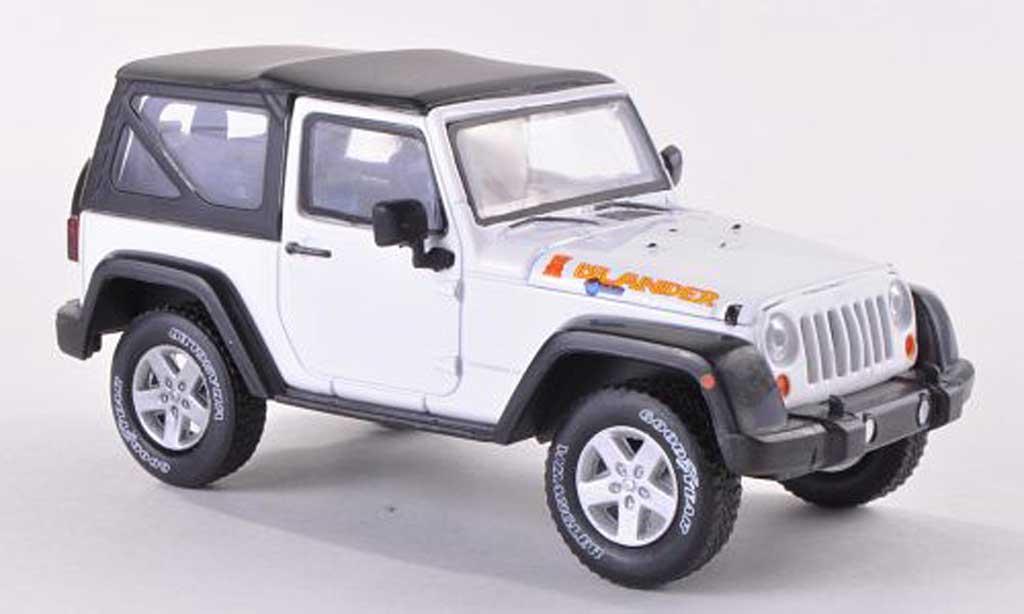 Jeep Wrangler Islander Edition White Greenlight