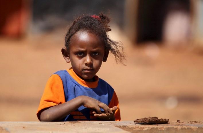 المجاعة تهدد السكان الفقراء واللاجئين الذين وصلوا إليهم