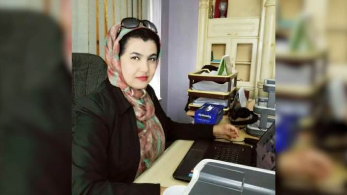 شابنام بوبالزي، هي صحفية أفغانية