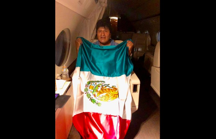Evo Morales Arrives in Mexico, as US Applauds His Resignation as Bolivian President