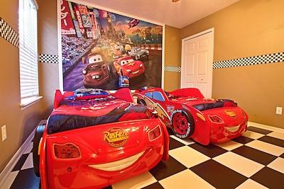 princess cars and nemo theme rooms hot tub movie theater kiddie splash pool four corners
