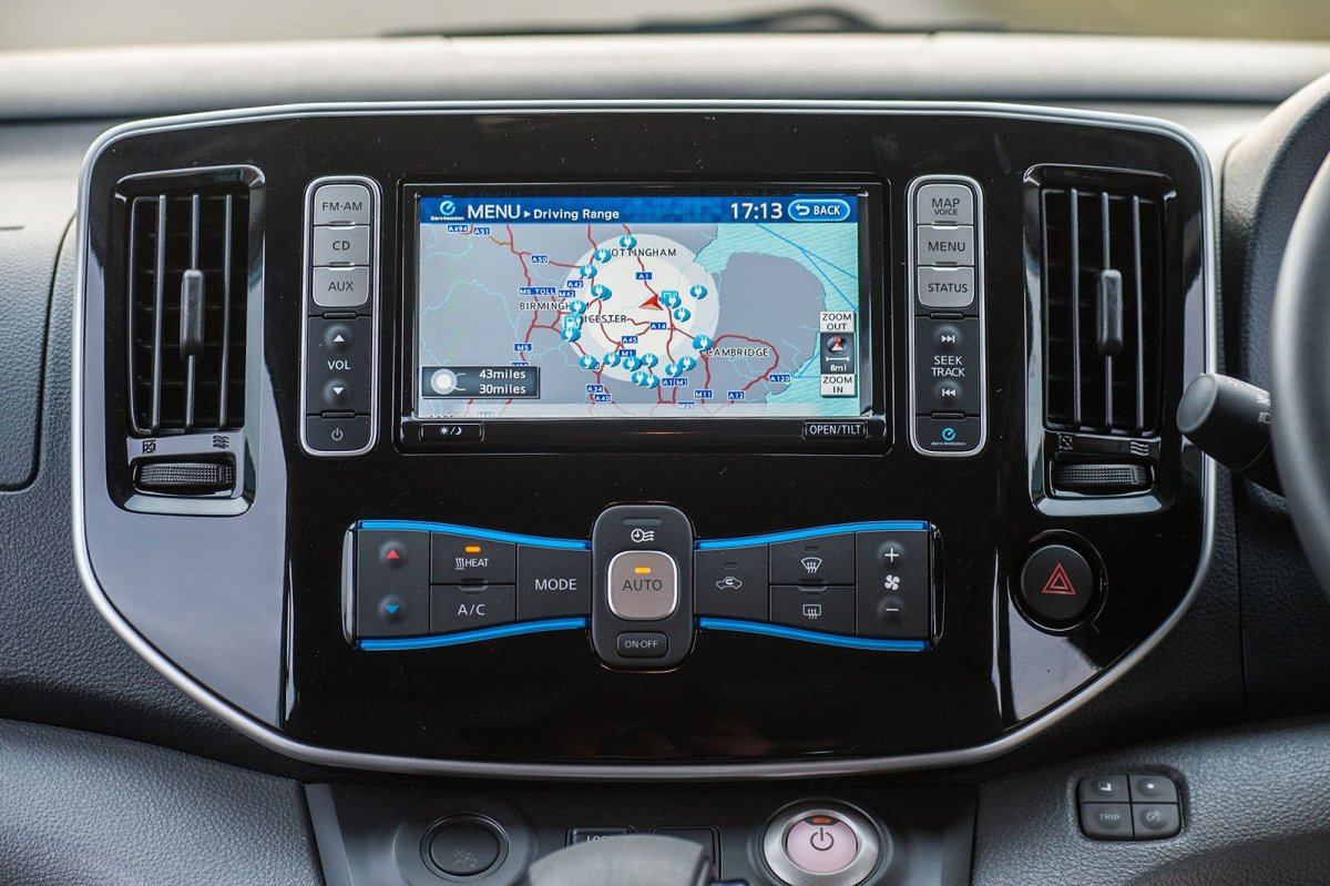 Nissan e-NV200 infotainment screen
