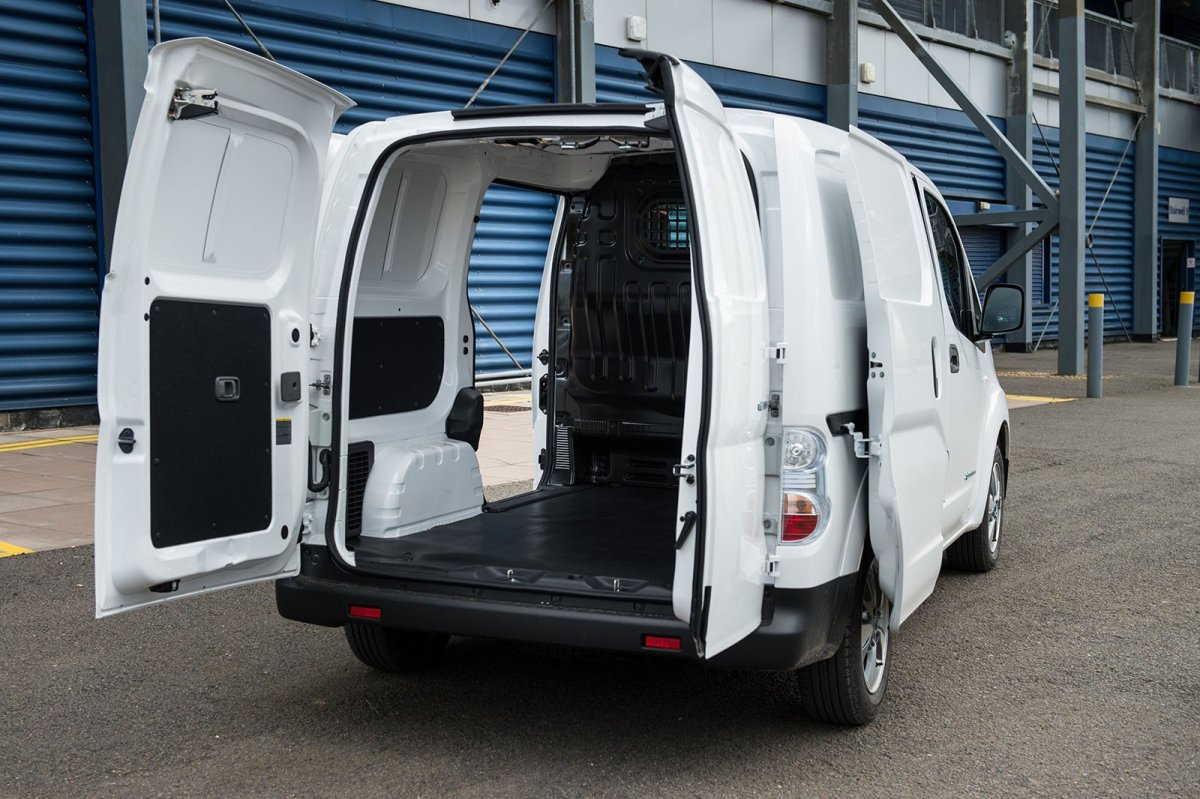 Nissan e-NV200 load bay