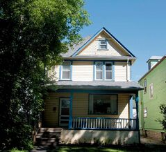 McLuhan's childhood home at  507 Gertrude