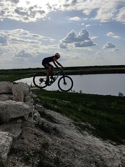 Kailen Shackleton, 18, of Portage la Prairie is one of three Team Manitoba members competing in the men's mountain bike event at the Games.