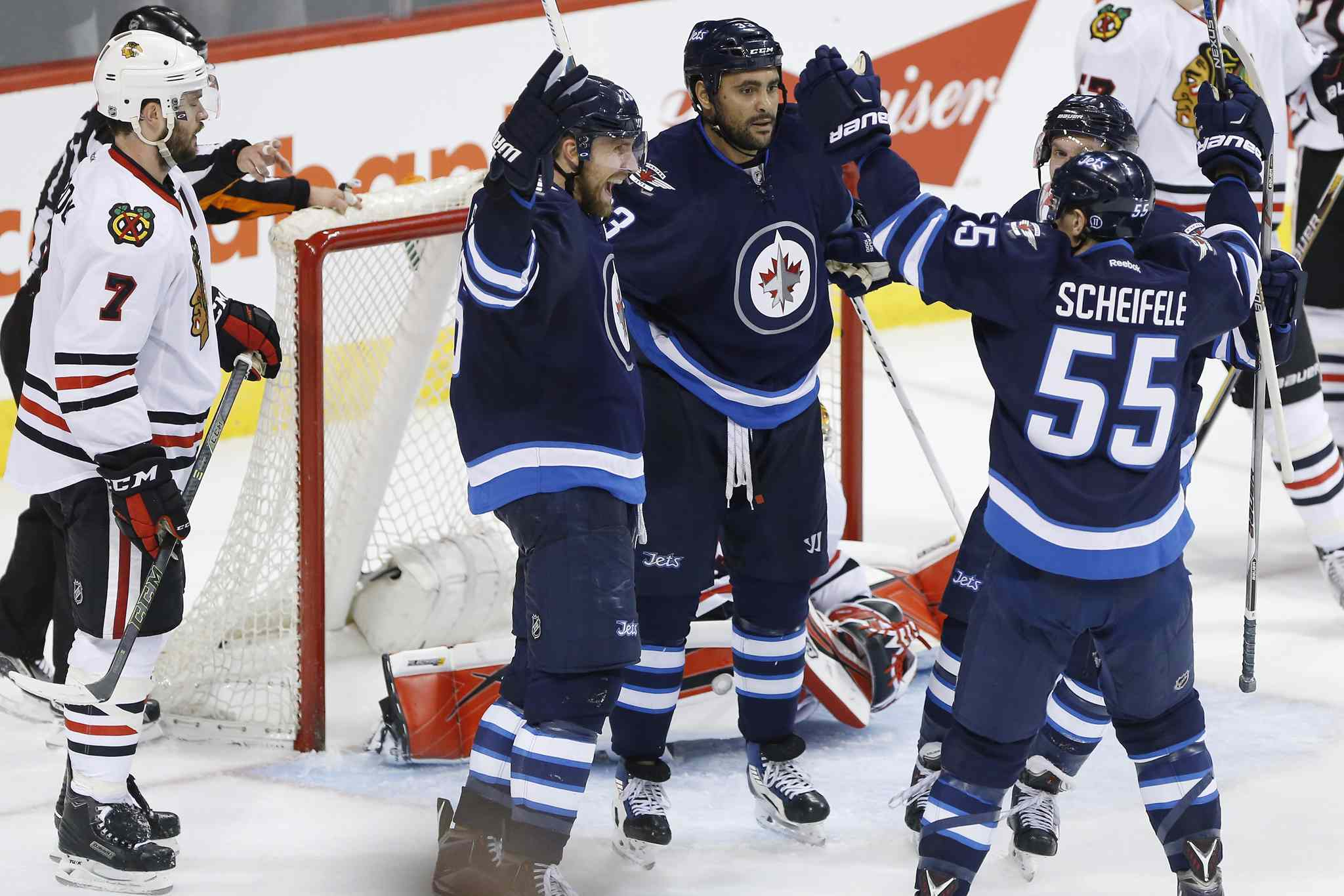 They may not take down the Chicago Blackhawks, but the Winnipeg Jets will make the playoffs in 2016-17