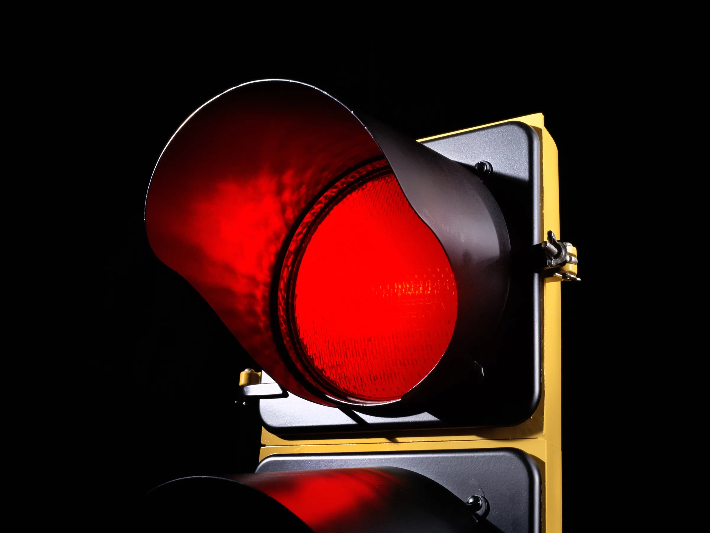 Red Light Cameras May Issue Tickets Using The Wrong