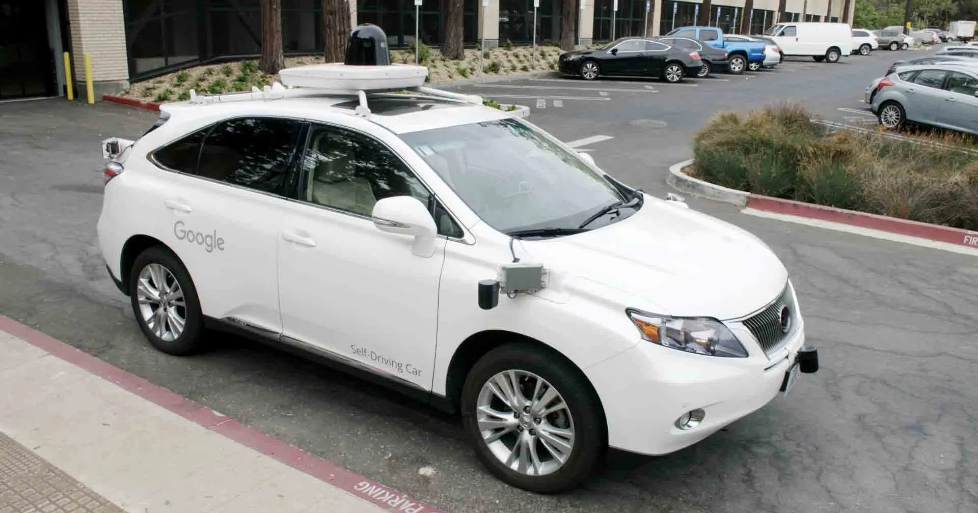 Google s Robo Cars Hit 2M Miles Confirm Driving Is Dadgum Tricky