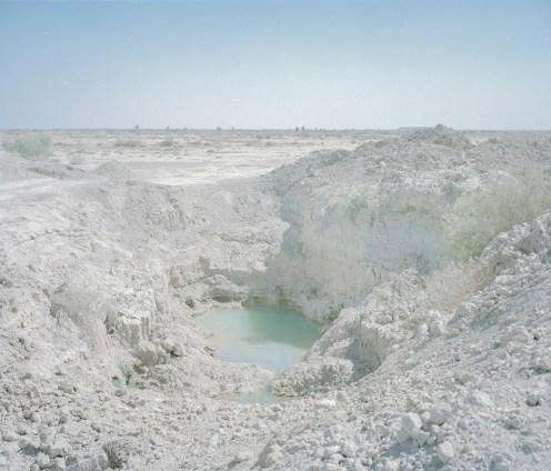 西斯坦(Sistan)和Bal路支斯坦省(Baluchestan Province)的牧羊人挖出一口井來飼養牲畜。