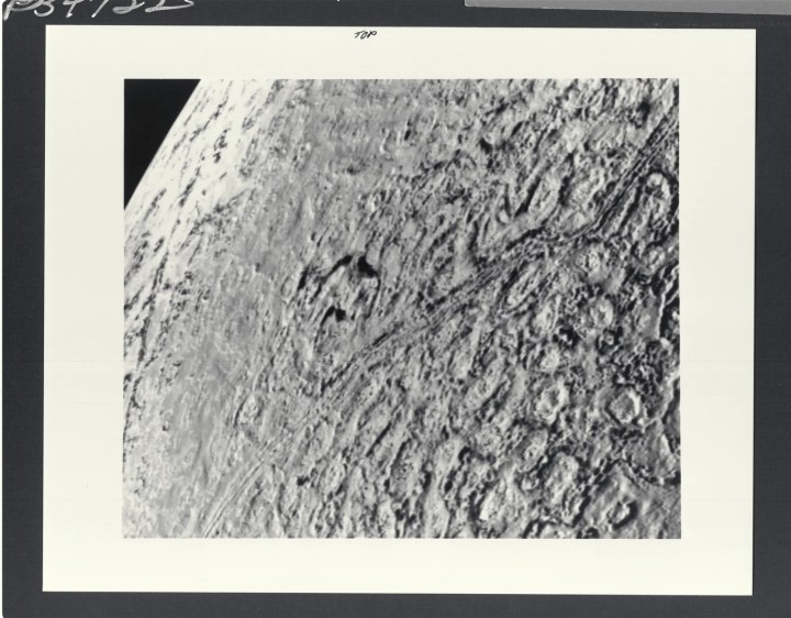 Triton's surface from 25000 miles