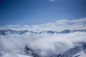Utsikt oven molnen.
