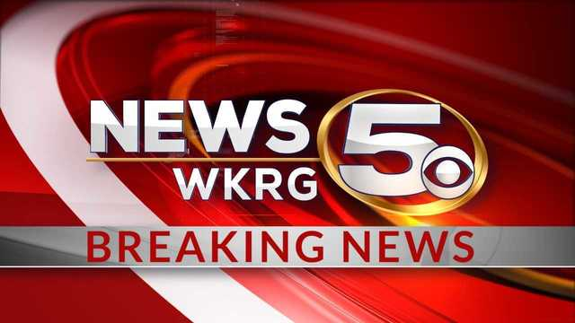 BREAKING: Early morning house fire in West Mobile, transformer explodes