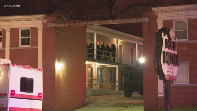 SWAT on scene at East Cleveland motel; suspect allegedly engaged in shootout with police