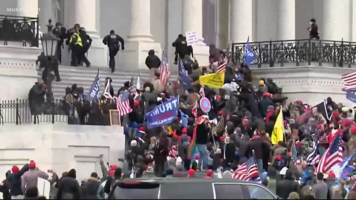 US Capitol Police rejected offers of federal help to quell mob | wusa9.com