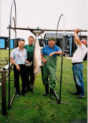 Storfiskare i Halörs fritidsfiskareförening i Höllviken.