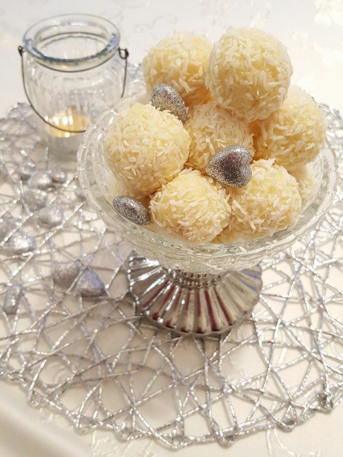 Kokossnöbollar