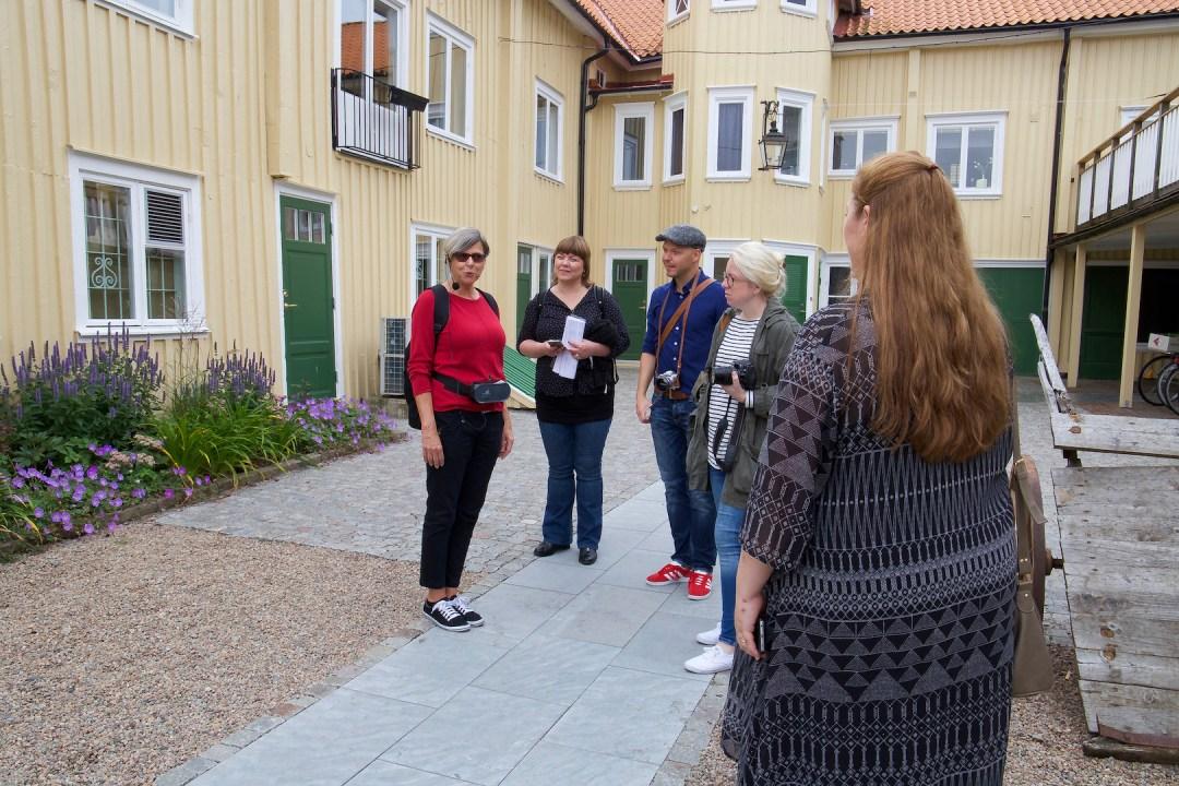 Vi började resan med en guidad fikavandring i Sveriges fikastad Alingsås. Vi fick provsmaka på massa godsaker och samtidigt lära oss svensk kaffehistoria och lokal kaffekultur. Helt underbart att strosa runt och njuta av de vackra gatorna, byggnaderna och kaféerna.