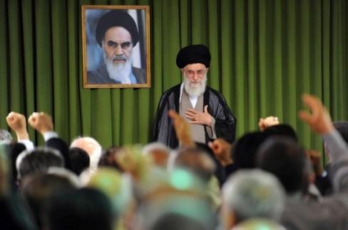 Oberste religiöse Instanz: Ajatollah Ali Chamenei