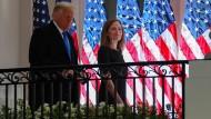 Trump und Barrett in Washington