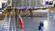 Verwaistes Terminal: Die Corona-Pandemie hat spürbare Folgen für den Frankfurter Frankfurt