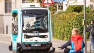 Ein autonom fahrender Kleinbus in Frankfurt am Main