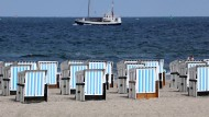 Sommerurlaub verwehrt: Wenn man eine Reise stornieren möchte, kann es auf Internetplattformen Probleme geben.