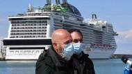 Besonders hart betroffen von der Krise ist die Tourismusbranche, insbesondere die Anbieter von Kreuzfahrten.