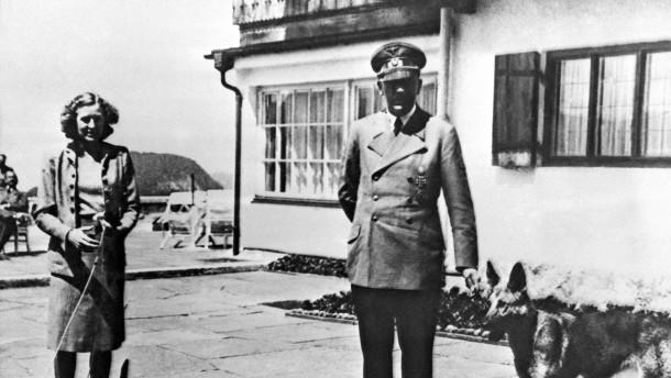 Adolf Hitler und Eva Braun am Obersalzberg