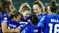 Haben Grund zum Feiern: Die Frauen von TSG Hoffenheim besiegen den dänischen Meister HB Köge mit 5:0.