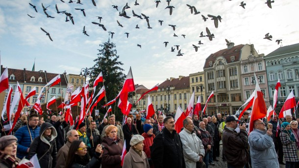 Demonstration of support for the new Polish Government and Polish