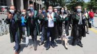 Anwälte in Ankara protestieren am 7. Juli gegen die Änderung des Gesetzes über die Anwaltskammern.