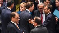 Sind sich darüber einig, dass es noch keine Einigung gibt: Die Teilnehmer des EU-Gipfels in Brüssel am Mittwochabend.