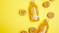 Die Maracuja-Flasche des Unternehmens Lemonaid.