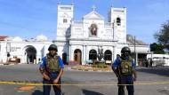In Sri Lanka sind die Sicherheitsvorkehrungen nach den Anschlägen auf Kirchen und Luxushotels hoch.