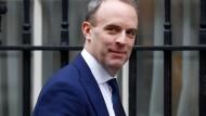 Dominic Raab ist seit Juli 2019 Außenminister von Großbritannien. Von Juli bis November 2018 war der Konservative zudem Minister für den Austritt aus der Europäischen Union.