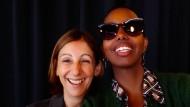 Die Verlegerin Alessandra Ballesi-Hansen und die Schriftstellerin Igiaba Scego.