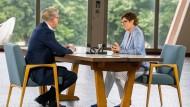 CDU-Vorsitzende Annegret Kramp-Karrenbauer beim ZDF-Sommerinterview mit Theo Koll