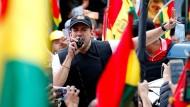 Luis Fernando Camacho spricht im November vor seinen Anhängern in La Paz.