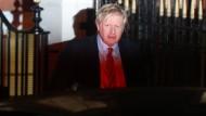 Klarer Wahlsieger: Boris Johnson am frühen Freitagmorgen vor der Parteizentrale der Tories in London