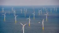 Jedes Depot verträgt frischen Wind: der Offshore-Windpark Butendiek vor der Insel Sylt in der Nordsee
