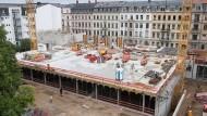 Ein Berufsschulzentrum in Dresden wird gebaut – Deutschlands Wirtschaft brauche mehr davon, meinen Ökonomen.