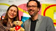 Ein starkes Team im Dienst des Bären: Mariette Rissenbeek, die geschäftsführende Direktorin, und Carlo Chatrian, der künstlerische Direktor der Berlinale.