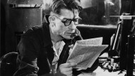 """John Hurt als Winston Smith in der Verfilmung von George Orwells Roman 1984"""""""