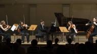 """Eine echte Entdeckung: Mitglieder der Russisch-deutschen Orchesterakademie spielen Peter Tschaikowskys """"Jahreszeiten"""" in einer wunderbaren Bearbeitung von Valentin Barykin."""