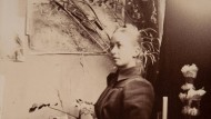 Hilma af Klint um 1885 in ihrem Atelier in der Stockholmer Akademie